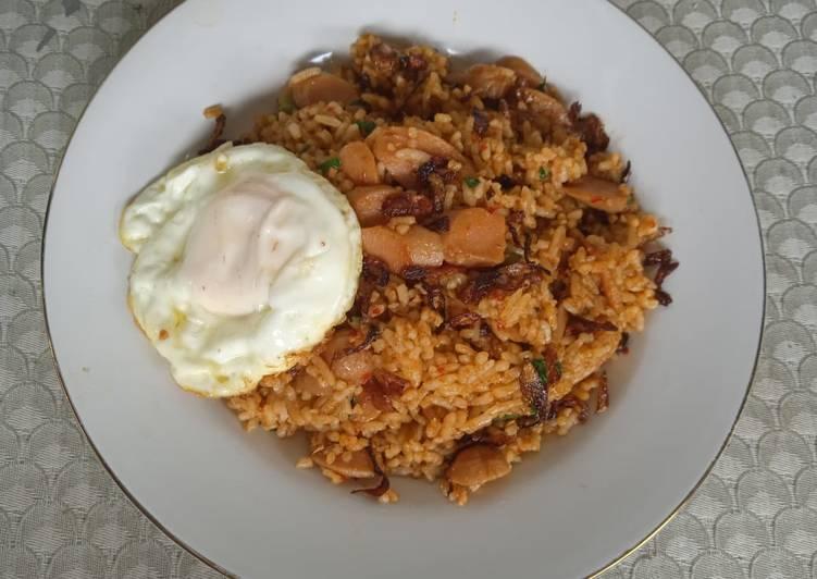 Nasi Goreng Sosis + Telur Ceplok