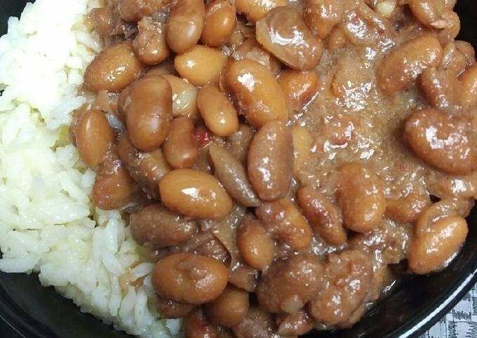 Recipe: Delicious Pinto Beans and Saffron Rice