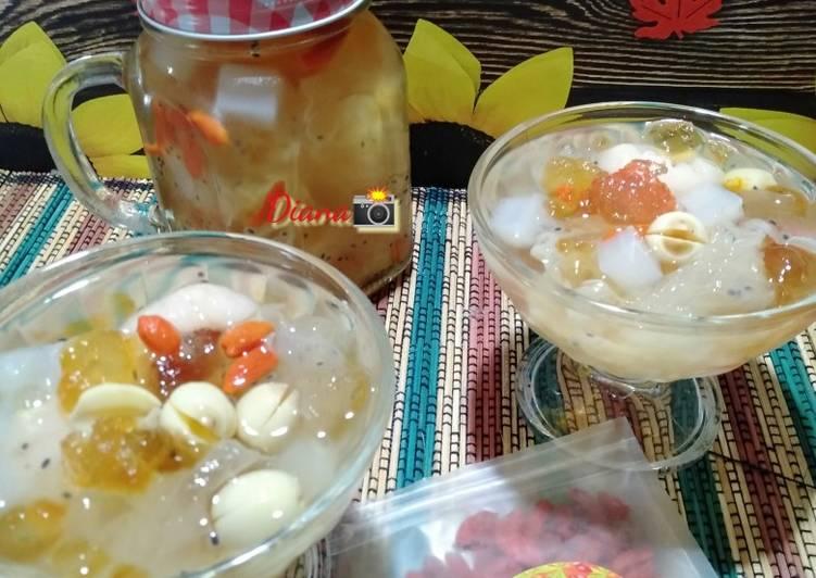 Peach Gum Dessert