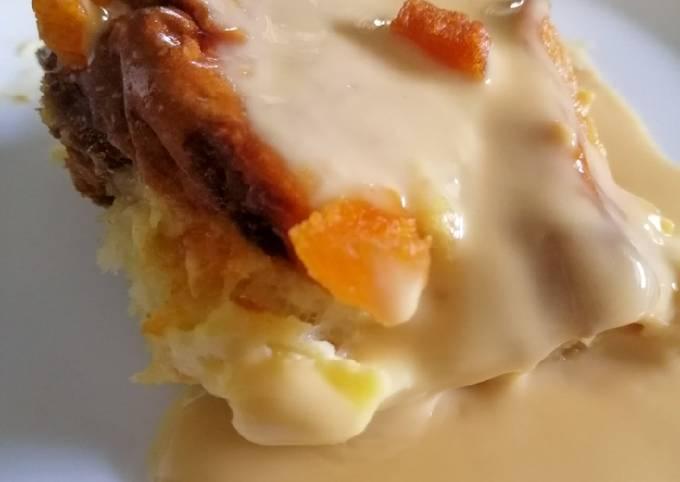 Puding Roti Butterscotch Aprikot