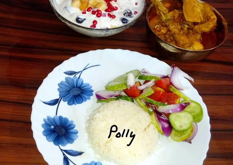 Rice chicken curry fruit raita