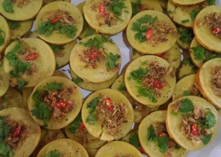 kue cara isi ikan foto resep utama CaraBiasa.com