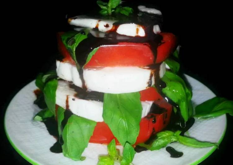 Mike's Caprese Salad With Balsamic Reduction