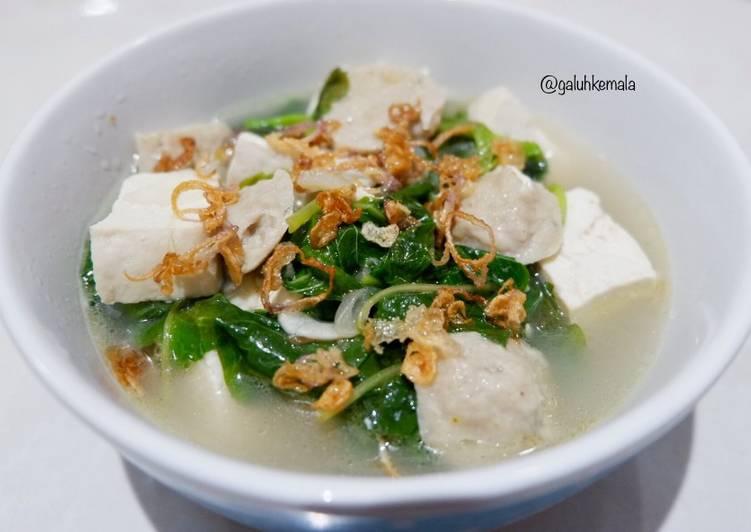 Sup Bayam Tahu Bakso