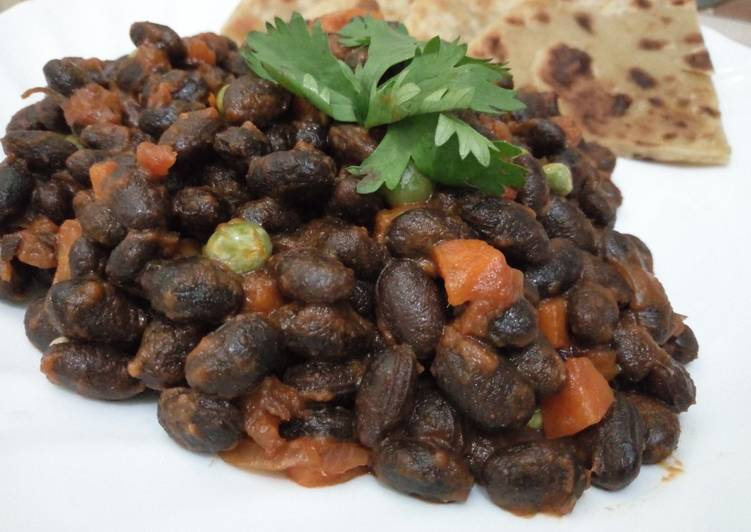 Information on How to Elevate Your Mood with Food Njahi(Black Beans)
