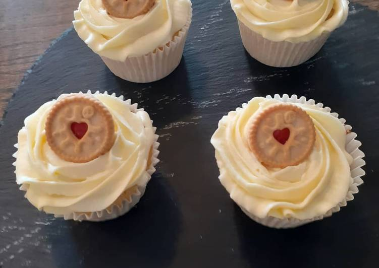 Step-by-Step Guide to Make Ultimate Vanilla cupcakes