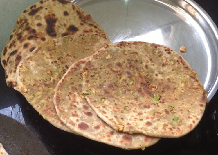 Top 10 Dinner Ideas Refreshing Peas-Peanut Paratha