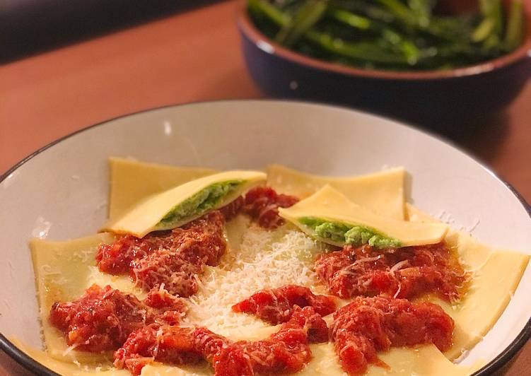 Recipe: Tasty Cheats Pea and Ricotta Ravioli with Rich Tomato Sauce