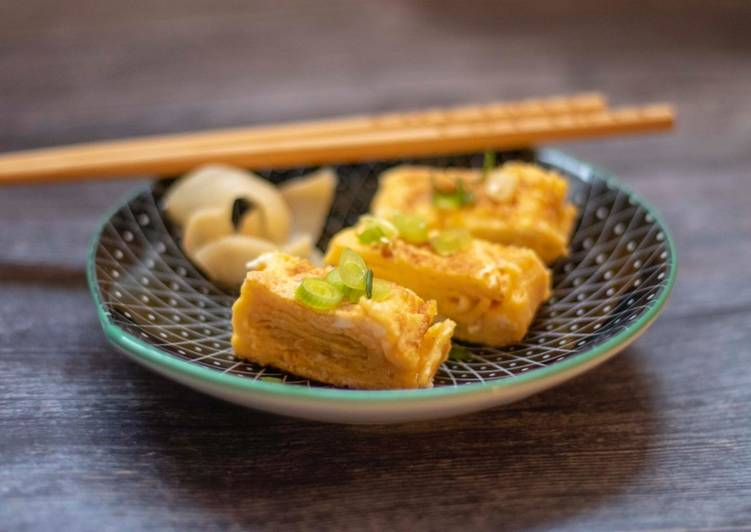 Steps to Prepare Super Quick Homemade Tamagoyaki or Japanese rolled omelette