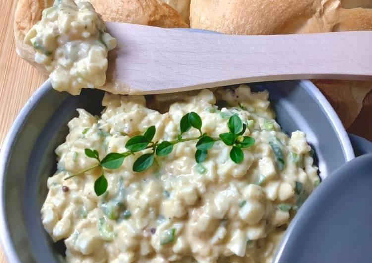 Pasta jajeczna ze szczypiorkiem i musztardą francuską główne zdjęcie przepisu