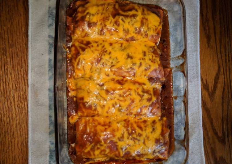 Recipe: Delicious Chili Colorado Smothered Burritos (Red Sauce Version)