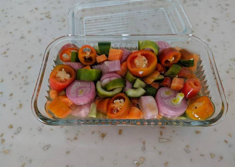 ACAR (INDONESIAN PICKLES)