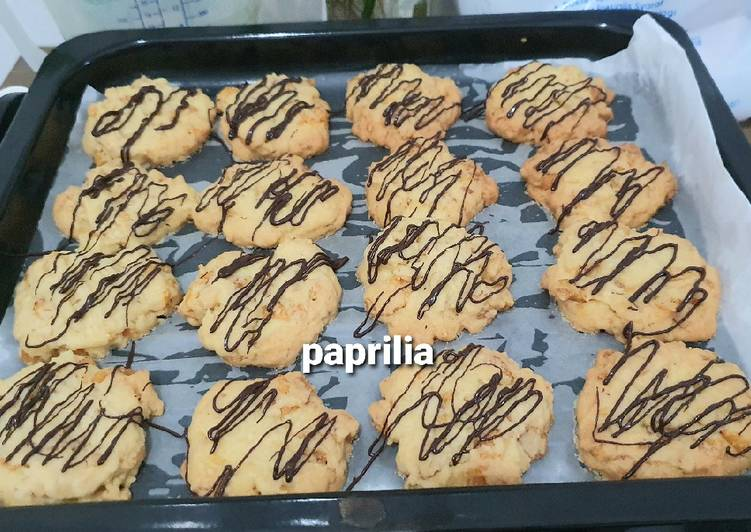 Cornflake Cheese Cookies (3C) - with chocolate drizzled