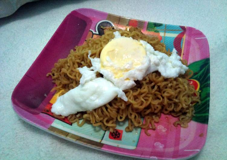 Poached Egg on a Pancit Canton