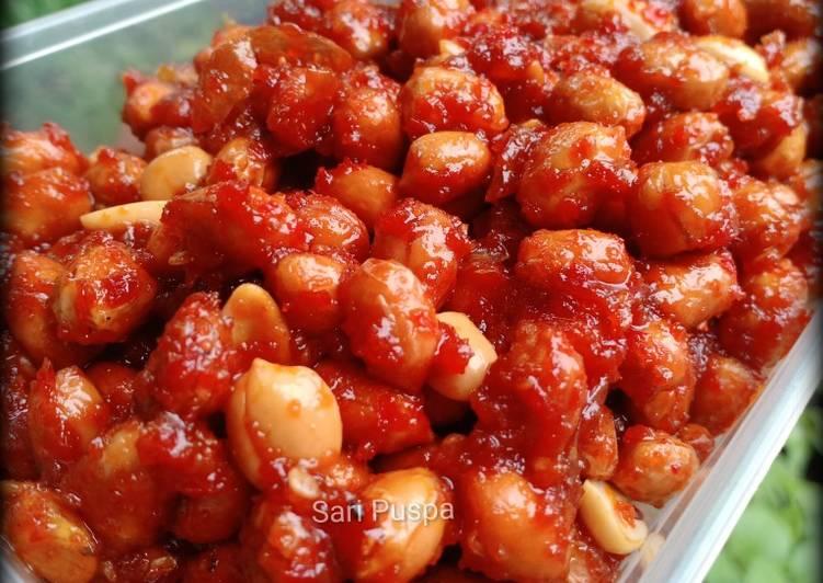 Kacang Balado