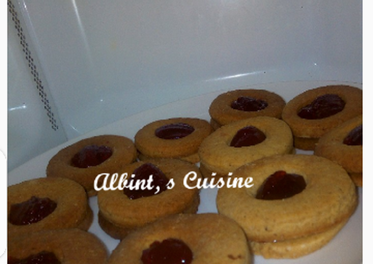 Recipe of Homemade Cardamon filled jam cookies