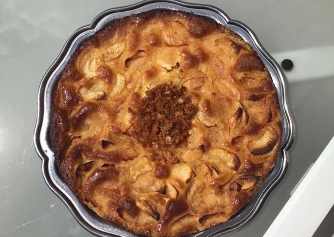 Gâteau aux pommes et liqueur d airelles
