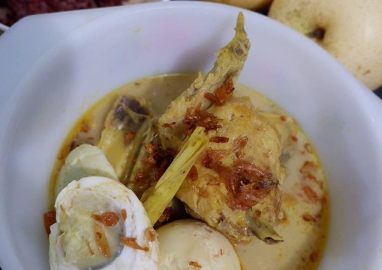 26. Kare Ayam Bumbu Instan