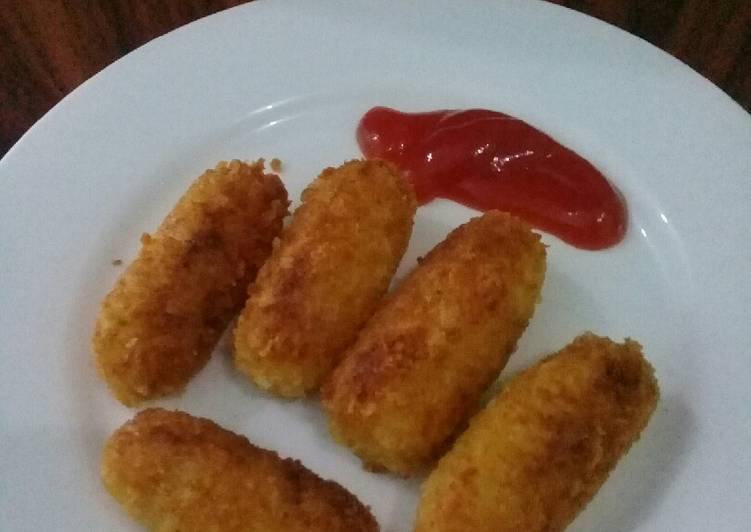 Nugget kentang goreng simple.