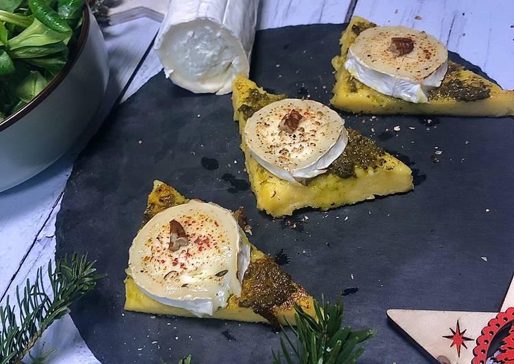 Toasts polenta chèvre pesto