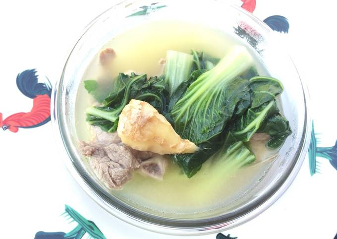 Bak Choy With Chinese Wine In Pork Soup