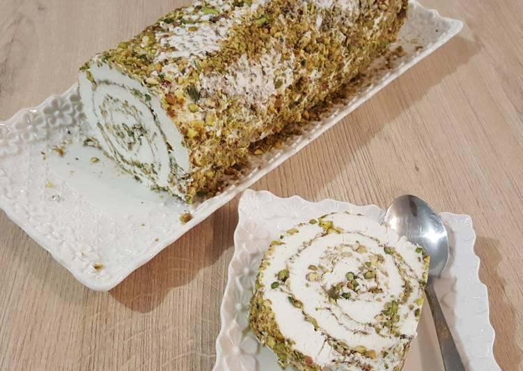 Bouza ou glace orientale à la pistache