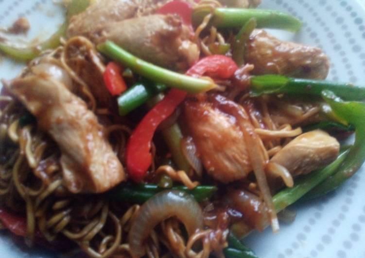 Recipe: Delicious Chicken Chow Mein
