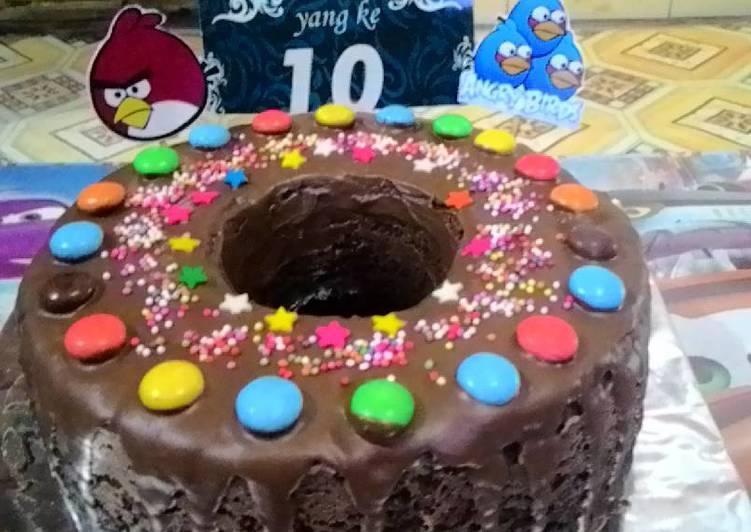 Resep Kue Ulang Tahun Brownies Kukus Lapis Coklat Leleh Irit