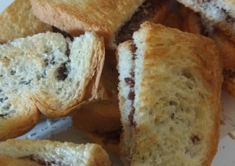 Roti kering frisian flag coklat