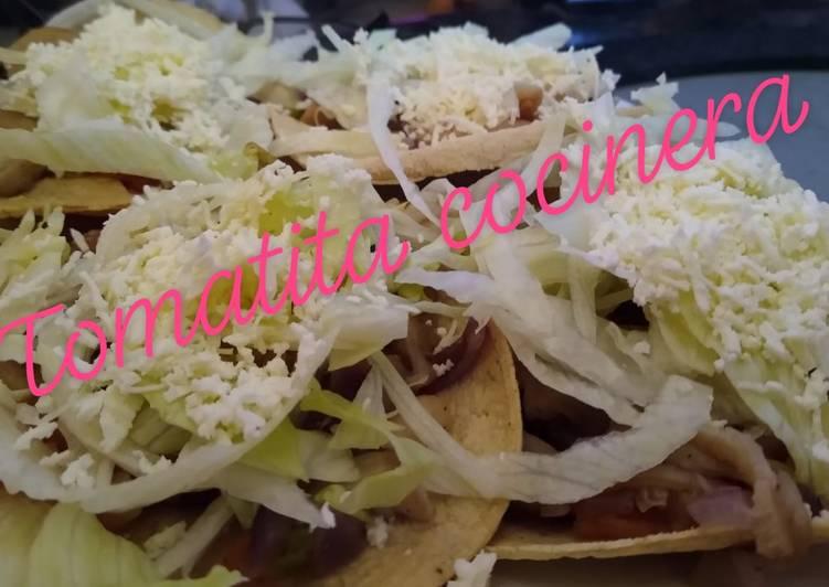 Tostadas de setas a la mexicana