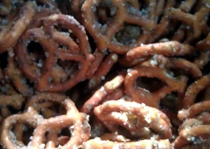 Step-by-Step Guide to Make Favorite Neils Spicy Pretzels
