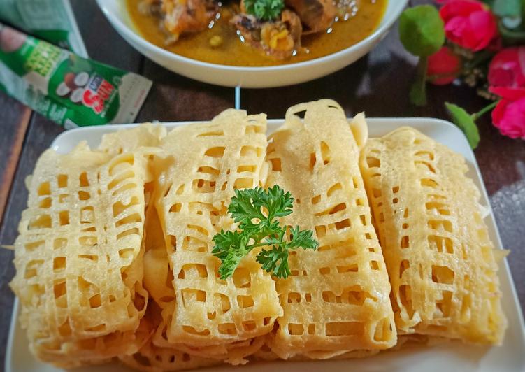Roti Jala (pendamping kari ayam) - cookandrecipe.com