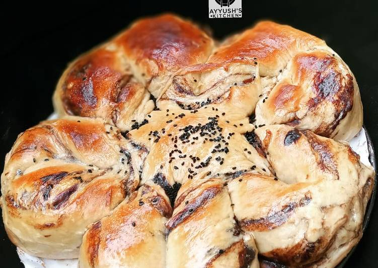 Recipe of Ultimate Chocolate star bread