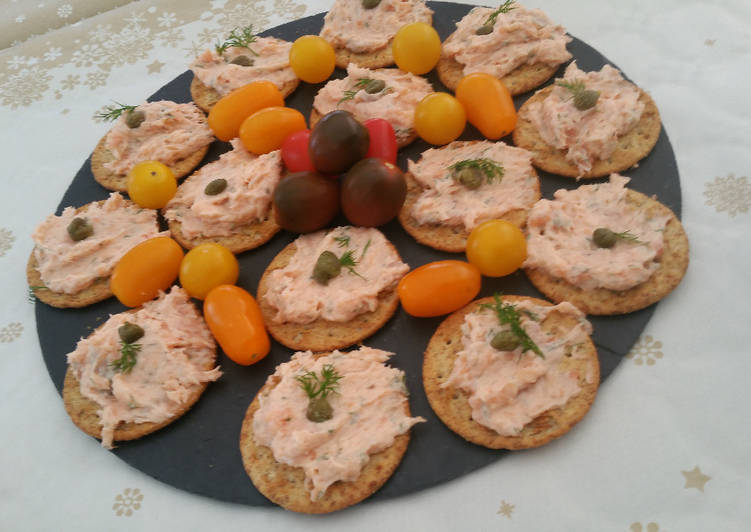 Step-by-Step Guide to Make Perfect Tangy Smoked Salmon mousse for party starters