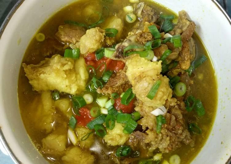 SOTO TANGKARというBetawiの典型的な料理