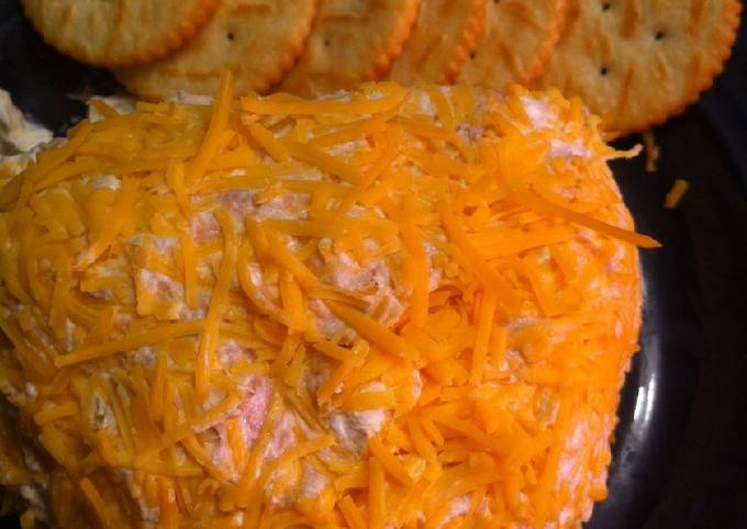 Easy Addictive Cheese Ball