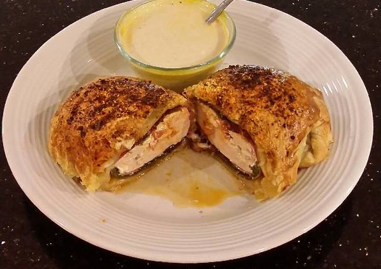 How to Prepare Perfect Stuffed Chicken Breasts with Cheese, Poblano Peppers and Pastram