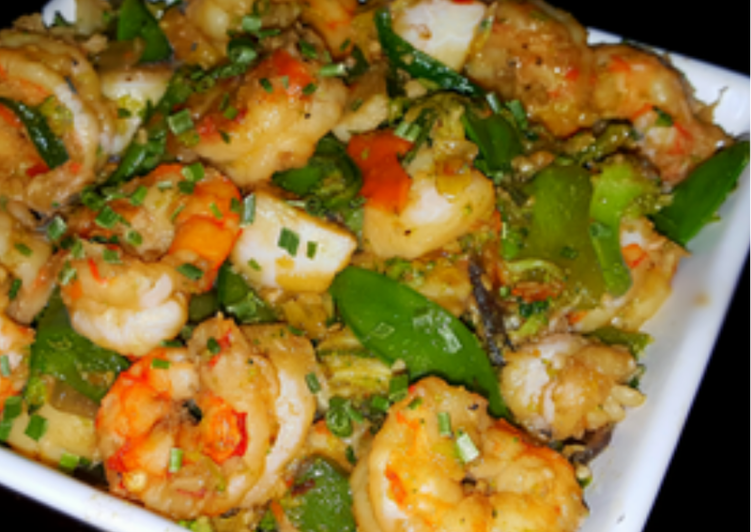 Recipe of Award-winning Mike's Spicy Garlic Shrimp & Scallop Asian Stir Fry Over.Rice