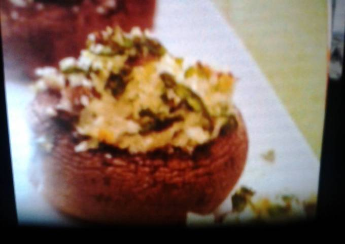 Spinach and goat cheese stuffed mushrooms