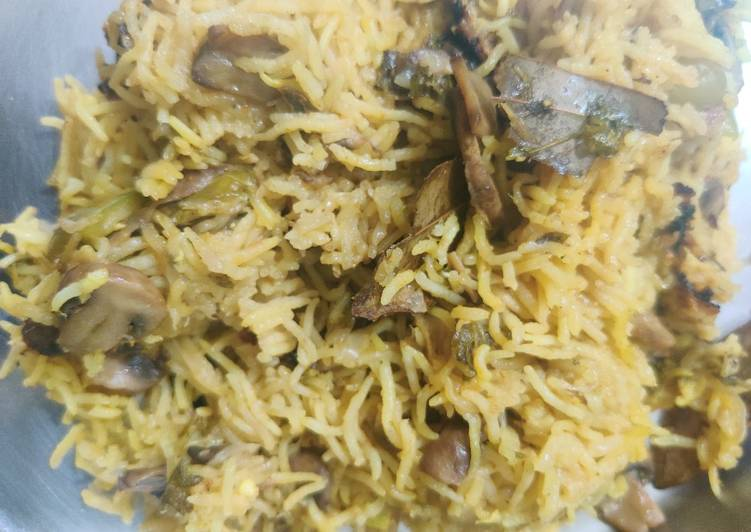 15 Minute Recipe of Any Night Of The Week Mushroom pulao