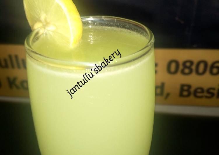 Recipe: Perfect Sweetmelon lemonade