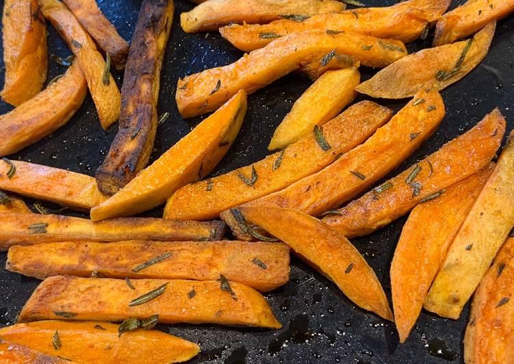 Frites de patates douces fumées sur BBQ