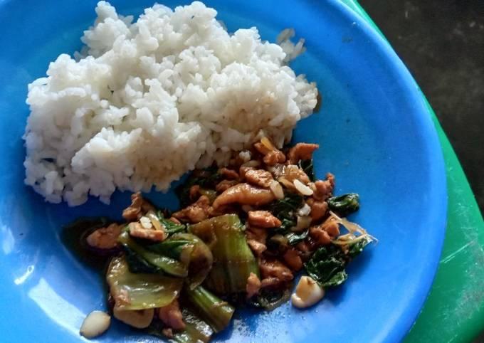 Pakcoy tumis daging saus tiram(masak sederhana)