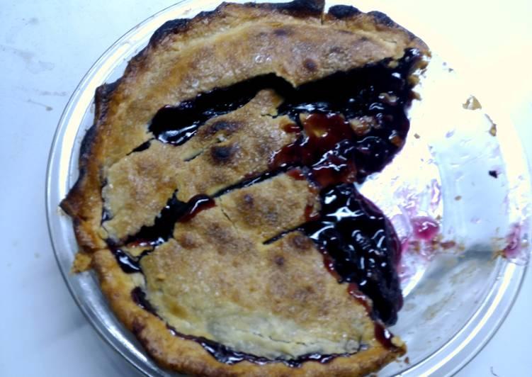 Recipe: Delicious Anie's Simple Blueberry Pie