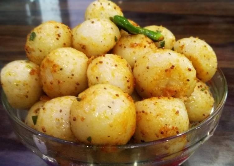 Recipe of Favorite Sooji balls