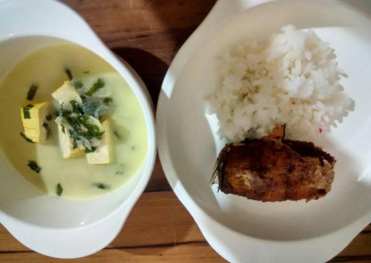 Day. 137 Kakap Putih Goreng dan Sayur Daun Singkong (10 month+)
