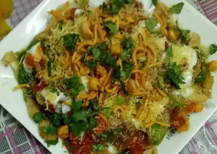 Steps to Make Ultimate Papdi chaat