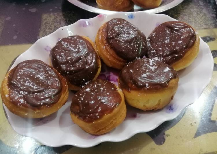 Recipe of Perfect Cream Cheese And Indian Mulberry Filled Doughnuts