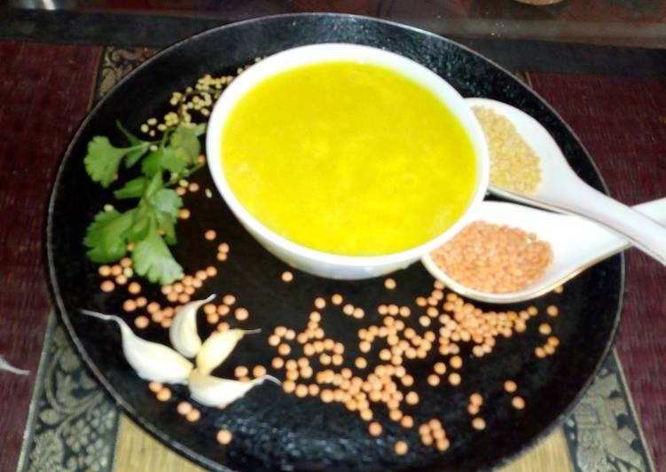 Garlic dal soup