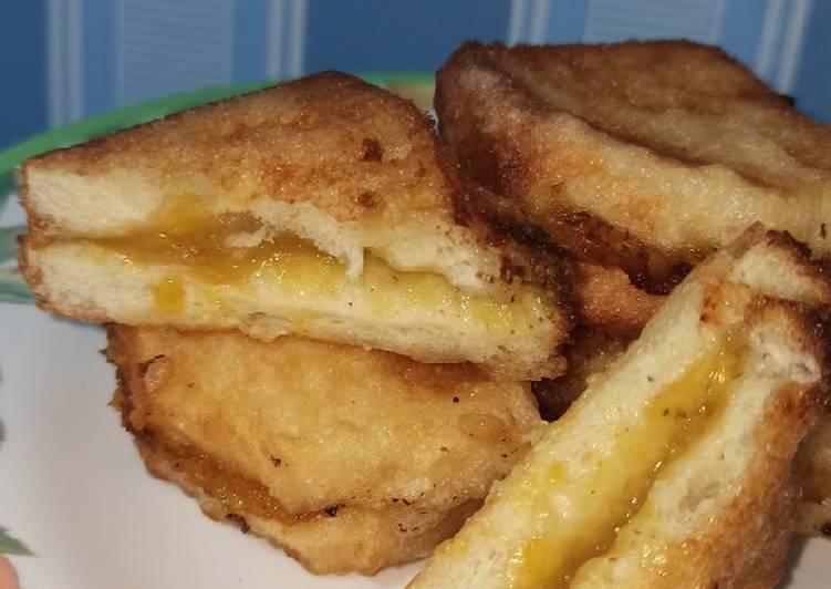 Roti goreng isi pisang